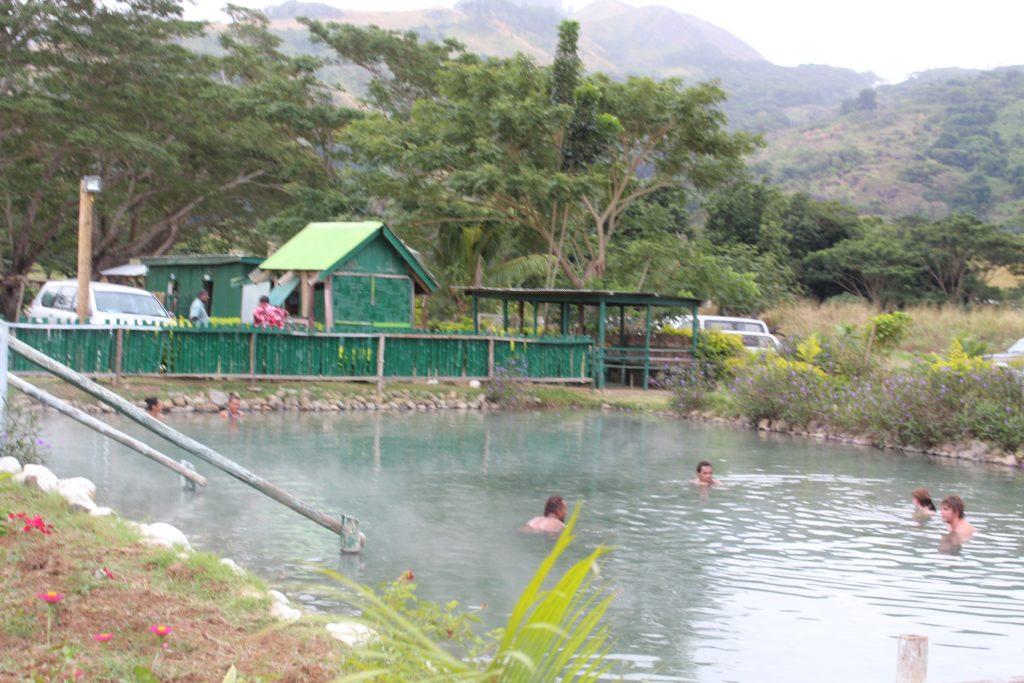 サンベト泥温泉