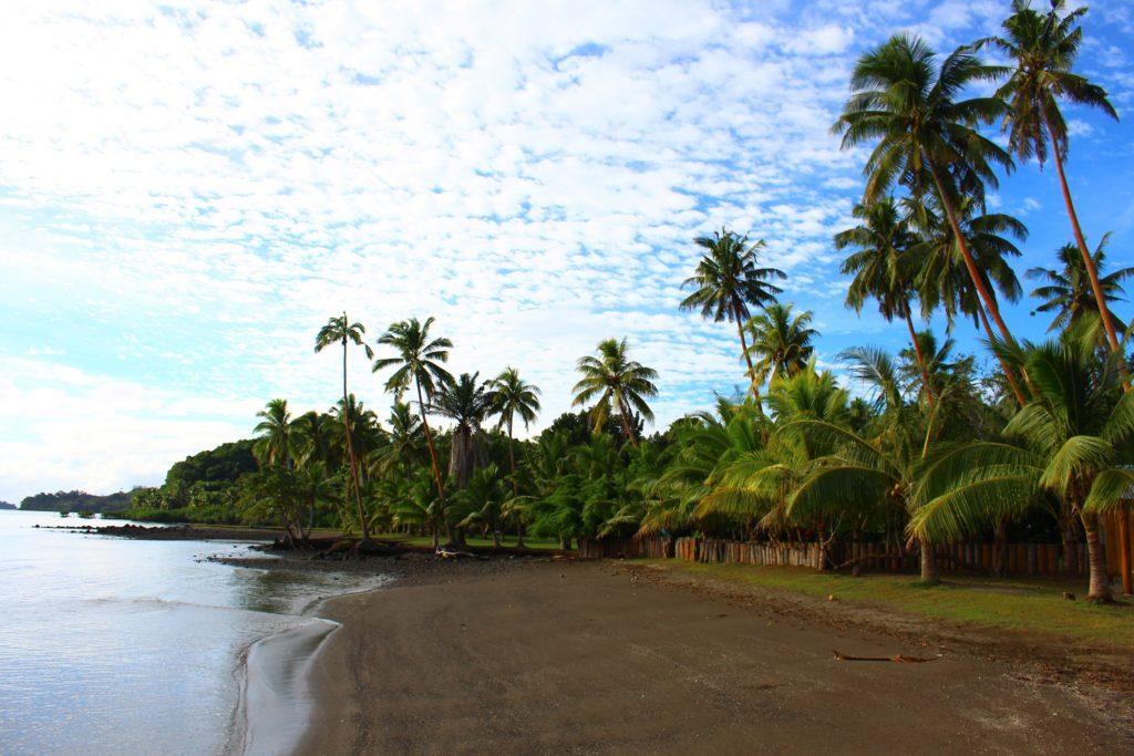 バヌアレブ島