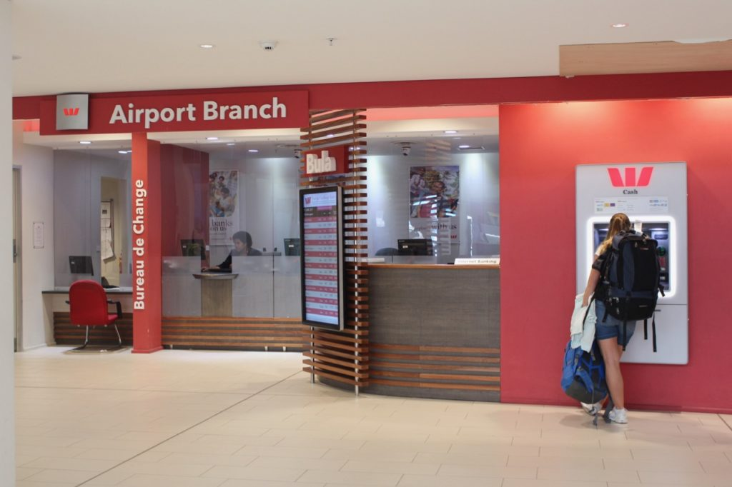 ナンディ国際空港の両替所