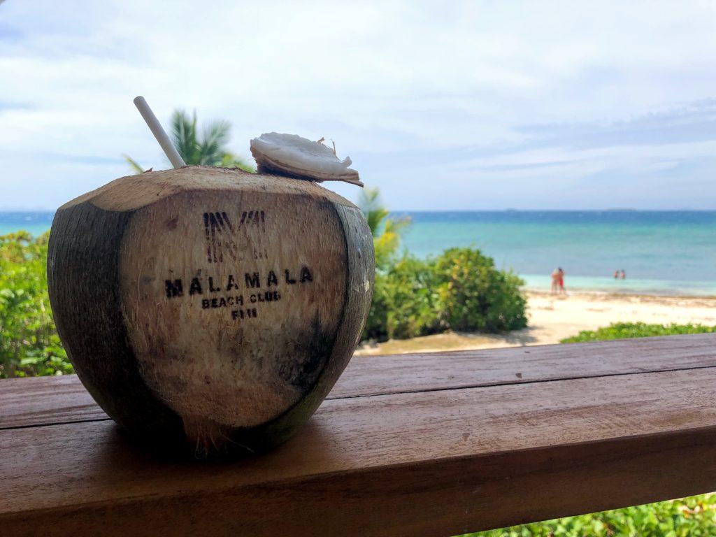 マラマラ島のココナッツジュース